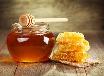 Le miel est-il plus sain que le sucre ?