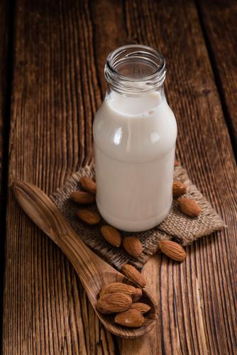 Les amandes apportent-elles autant de calcium que le lait ?